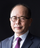 Professor Hong Gil Nam