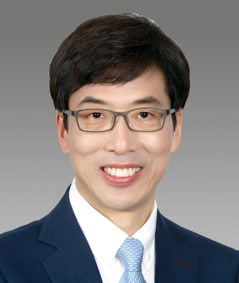 Professor Jinwoo Cheon
