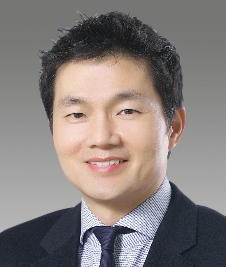 Professor Chang-Jin Kim