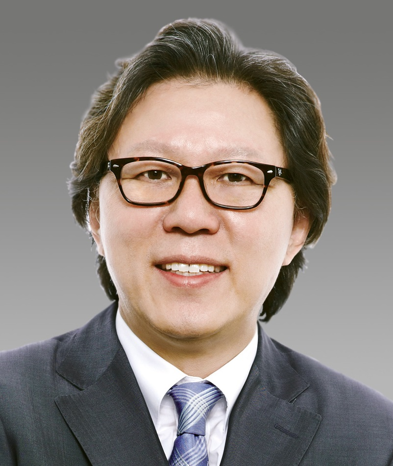 Professor Sunghoon Kim