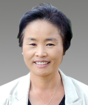 Nurse Young-shim Baek