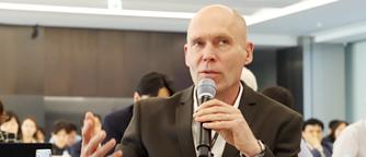 Q & A in Ho-Am Forum on Medicine Christer Betsholtz, Professor at Karolinska Institutet, Sweden