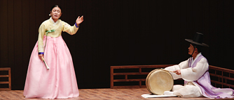 Sook-Sun Ahn Master's Pansori and Cheng-Man Kim Master's Percussion