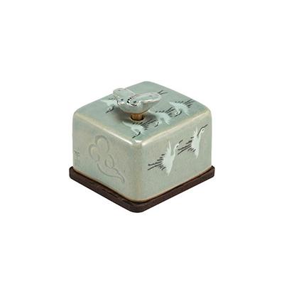 Celadon Orgel Paperweight