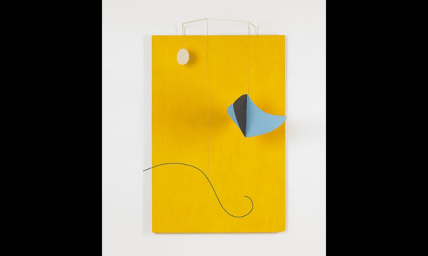 노란 배경의 오브제<br>Object with Yellow Background 1936
